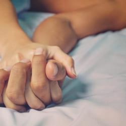 男性と同じベッドで何もしないで寝た経験はありますか?