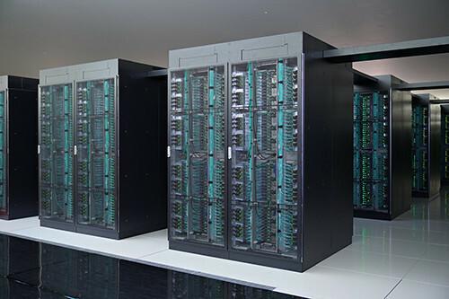 世界一のスーパーコンピュータ「富岳」に計算してもらいたいことを述べるトピ