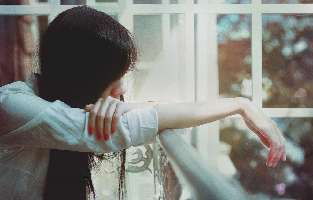 好きな人にお相手がいたら諦めるべきでしょうか?